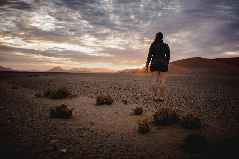 sunrise-namib-desert-over-the-dunes
